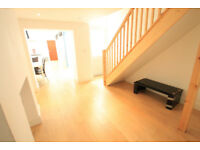 Spacious & bright 3 bedroom 2 bathroom apartment in N1. Newly painted with own private roof terrace