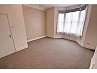 2 DOUBLE BED DUPLEX FLAT WITH GARDEN ON NARCISSUS RD, WEST HAMPSTEAD, CLOSE TO SHOPS, TRANSPORT