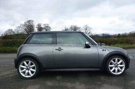 Mini Cooper S R50 for sale in excellent condition. **Just Serviced**