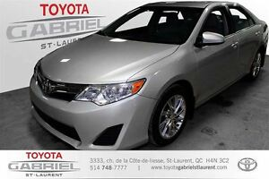 2013 Toyota Camry LE + MAGS + CUIR  GPS + CAMERA + SIEGE CHAUFFA