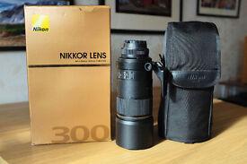 Nikon 300mm f4 IF-ED AFS