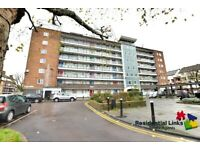TOWER BRIDGE 3 BED FLAT PART DSS/UNIVERSAL CREDIT/HOUSING BENEFIT ACCEPTED