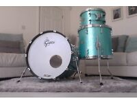 Gretsch New Classic Turquoise Sparkle Drum Kit (3 pc) **LIMITED EDITION**