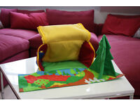 Playhouse cottage, fabric zip up, excellent condition