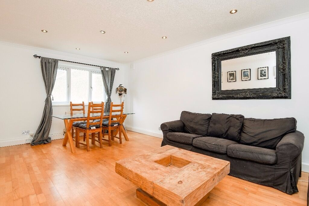 A wonderful newly refurbished property moments from Clapham Common. St Gerard's Close, SW4