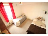 NICE TWIN ROOM IN KENTISH TOWN!! VERY NEAR TO THE UNDERGROUND! GREAT PRICE!!(34A)