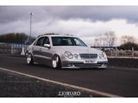 Bagged Mercedes W211 (Show Car,Stance,Splits,Airlift,C63,AMG,Audi,Volkswagen,Seat,BMW)