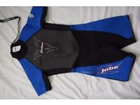 Children's short wetsuit for age 8 or 26' chest