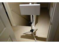 AVTEX EASYFIND FLAT PANEL SATELLITE DISH, TRIPOD, AND ACCESSORIES UNUSED UNWANTED GIFT AS NEW COND