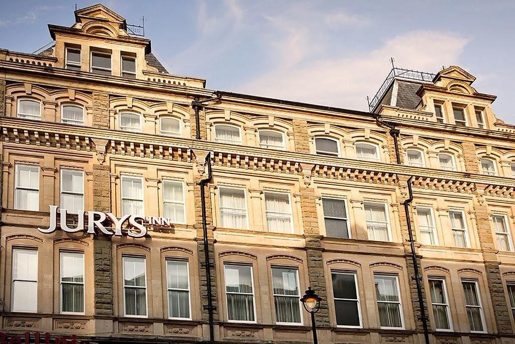 2 x Anthony Joshua vs Joseph Parker Cardiff Hotel Rooms - Cardiff City Centre 31st March - Sleeps 4