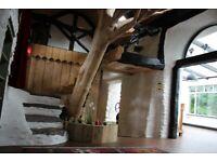 Cottage /5 acres/Lake/large workshop/ 2 ruin cottages