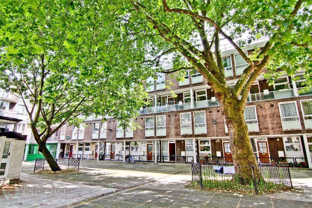 Spacious THREE DOUBLE BEDROOM flat in the heart of CAMDEN offered FURNISHED