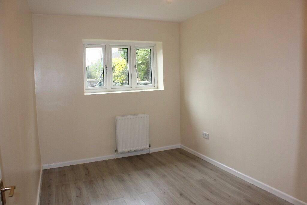 double rooms available in a newly refurbished house