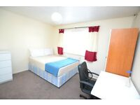 *NO AGENCY FEE* Amazing 5 Bedroom House Best Suited For Queen Mary Uni Students