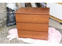 Matching Chests of Drawers (3 and 2 Drawer)