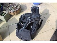 Scubapro Glide 2000 BCD. Great condition. Bagged & stored for the last 7 years.
