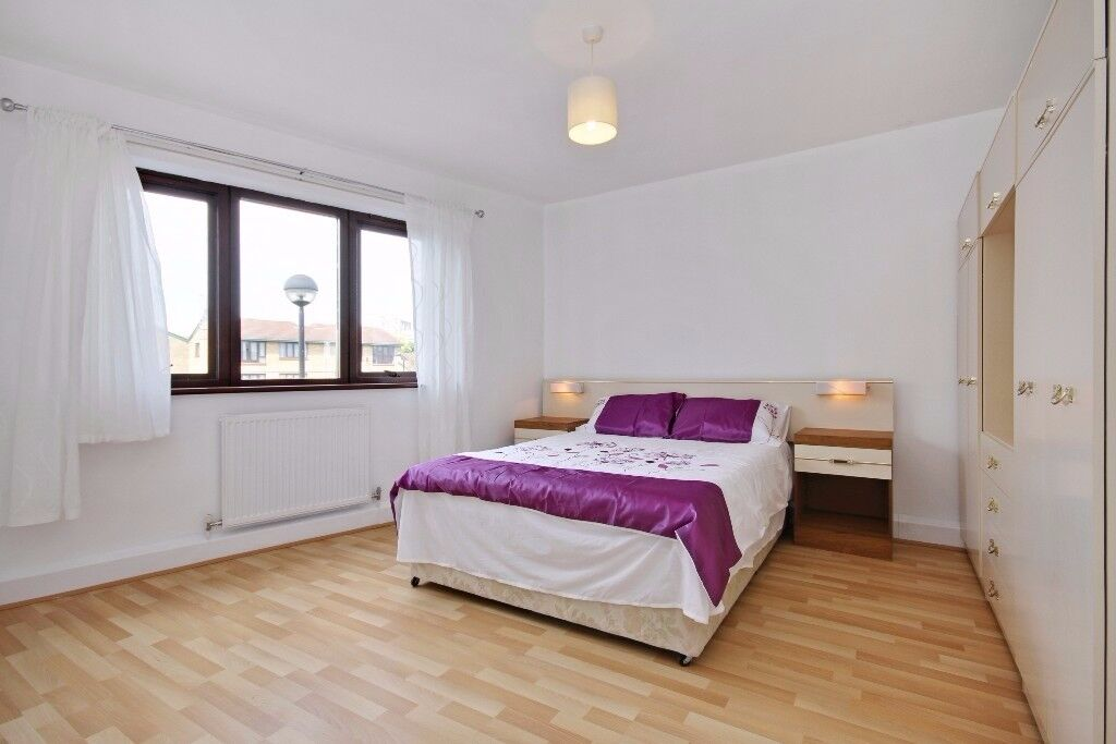 3 bedroom - bethnal green - haggerston - balcony - canal views