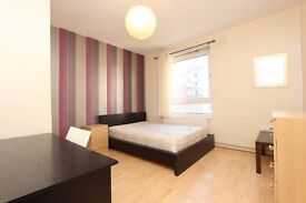 NEW LARGE ROOM for COUPLES !
