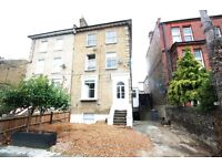 ***BEAUTIFUL ONE BEDROOM VICTORIAN FLAT WITH PRIVATE ROOF TERRACE*** ***SOUGHT AFTER LOCATION***