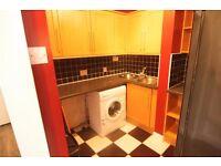 Lovely 1 double bedroom TOP FLOOR flat in Acton. Excellent location , GREAT PRICE ****