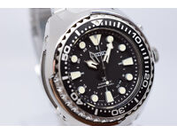 NEW SEIKO PROSPEX KINETIC GMT MENS 200M DIVERS WATCH ON STAINLESS STEEL BRACELET