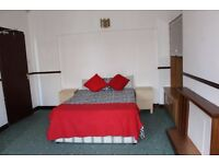 Rooms in Salford £80pw
