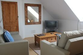 Bright furnished one bed top floor flat in Whitstable available for 3 months from Jan 2nd 2017