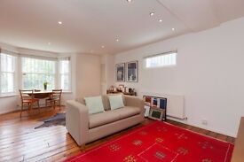 Bright and spacious 1 bedroom flat in sunny De Bevauoir with private patio