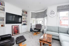 Farlton Road - A modern three bedroom property to rent in Earlsfield