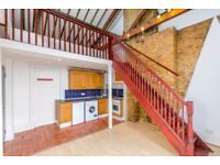 N16 Stoke Newington 2 bedroom apartment in converted Ex-court-house Close station