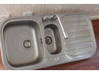 Stainless Steel Inset Kitchen Sink 1.5 Bowl Reversible Drainer with taps