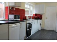 5 ROOMS FOR RENT IN DUDLEY (DY2), CLOSE TO AMENITIES AND ROAD NETWORKS
