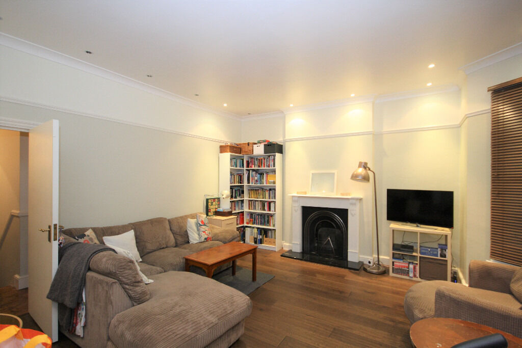 A stunning two bedroom flat set on the first of a Victorian house conversion in New Cross