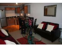 Salford Quays: Two Bed Luxery Apartment En-Suite fully Furnished