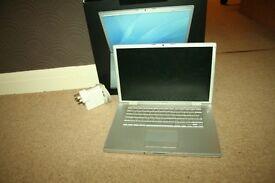 "Apple MacBook Pro 3,1 15"" 15 inch || 4GB ram -500GB hard drive Intel Core 2 Duo 2.4GHz "
