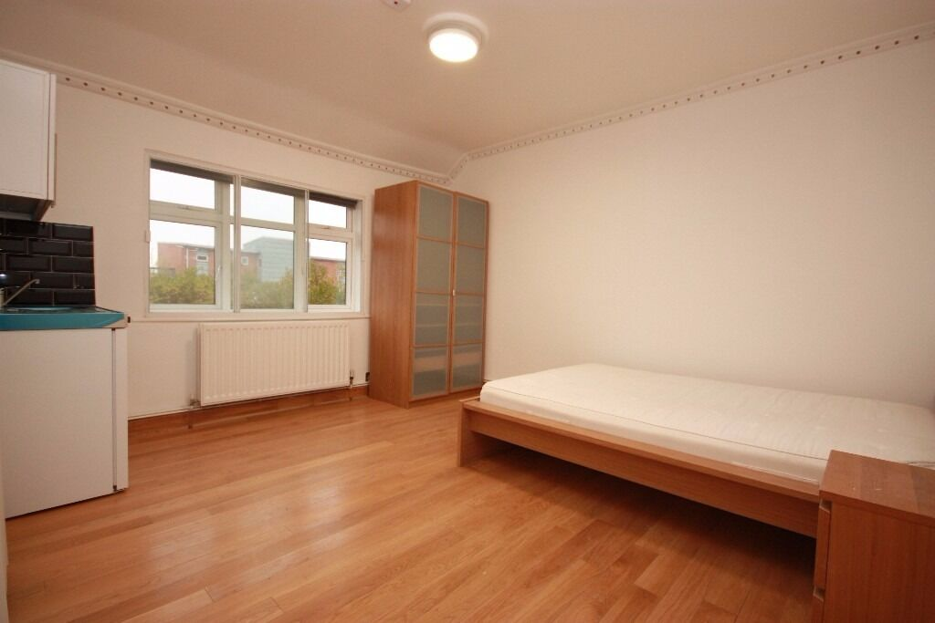 Including bills! A spacious, newly converted studio flat close to transport & amenities