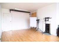 EARVISION STUDIOS - PHOTOGRAPHY STUDIO HIRE £45 For HalfDay, £75 Full Day Incl. Lights & backdrop