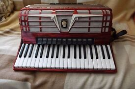 Weltmeister Amigo 120 bass accordion rare musette tuned suitable for Scottish and folk music
