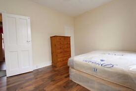 Bright and Spacious double room in West Ham