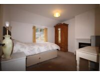 Double room in character cottage in Brimscombe, Stroud
