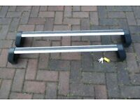 Ford Mondeo 2007 to 2010 Roof Rack and Keys.