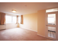 1 bedroom house in Ewell Road, Surbiton, KT6