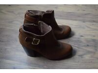 Women Moda in Pelle Leather Boots - Size UK - 3 / EU - 36 - Looks like new!