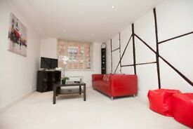 Fabulous SERVICED APARTMENT in Maidenhead town centre IDEAL for SHORT TERM STAYS