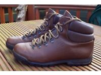 Mountain Craft Leather Hiking Boots-Size 10.5UK/45 - Nearly new