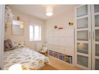 Gorgeous 2 Bed 2 Bath Apartment in E14, Isle of Dogs, close to Canary Wharf, Amazing Dock Views!- VZ