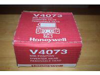 Honeywell V4073, Mid Position Diverter Valve Removable Head