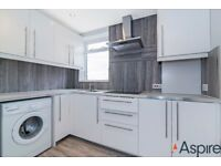 Balham High Road, SW12 - A large split level three bedroom flat