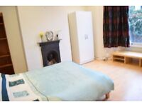 Large Double room in Tooting - Friendly House - Available 11/09 - £650 ALL BILLS INC