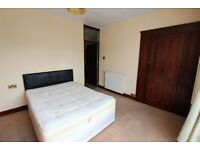 Prime Location Good condition 4 bedrooms House close to barking Station- No DSS please